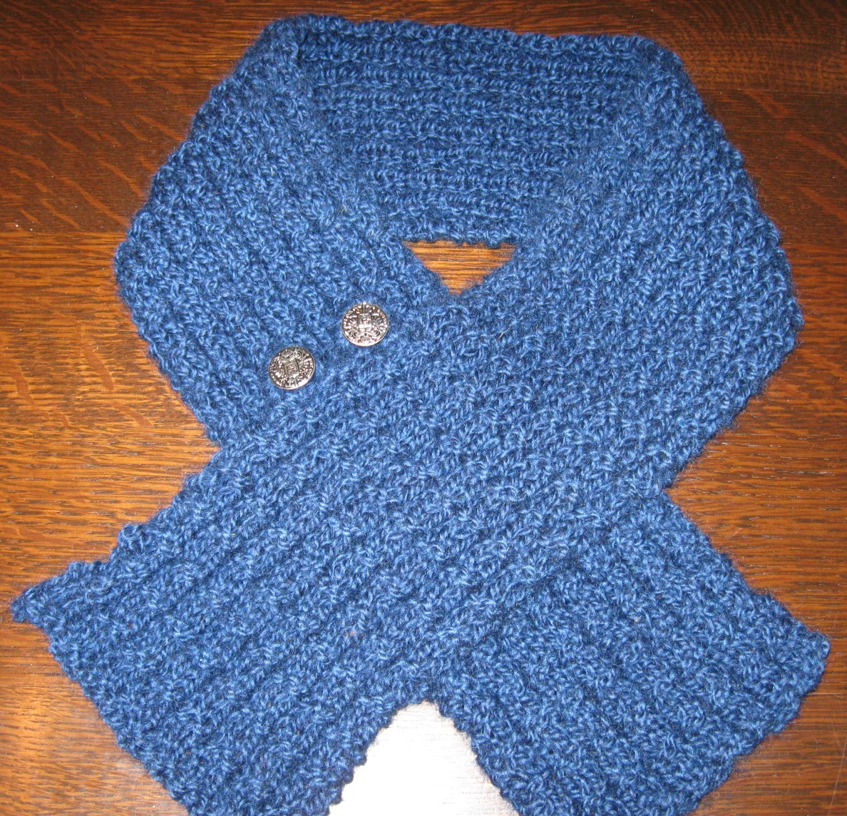 Short Buttoned Waffle Stitch Scarf